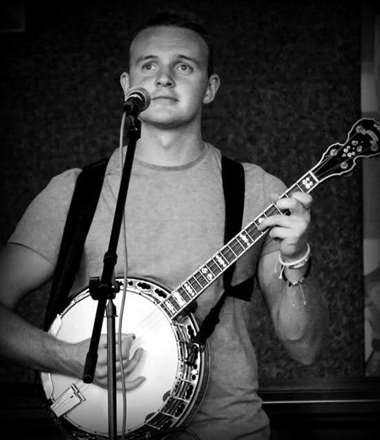 Gavin Strappe at eagle Music Banjo 10 with Kruger Brothers, Deerings and JigJam