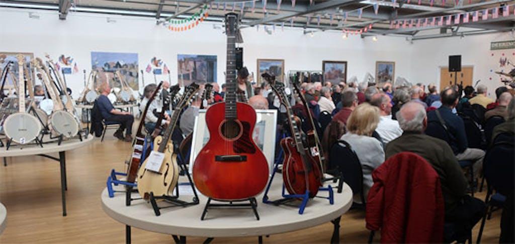 The Eagle Music Trade Stand Banjo 2020