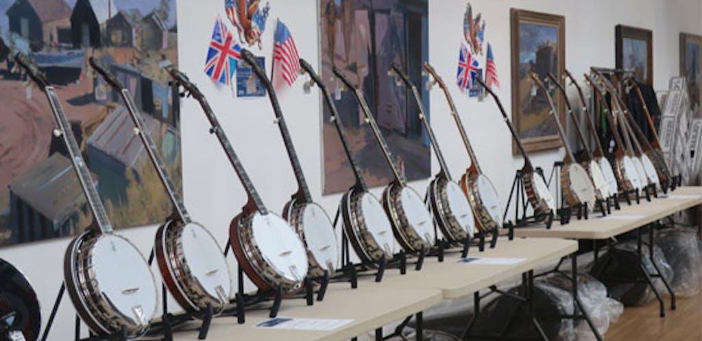 Deereing Banjos at Eagle Banjo 2020